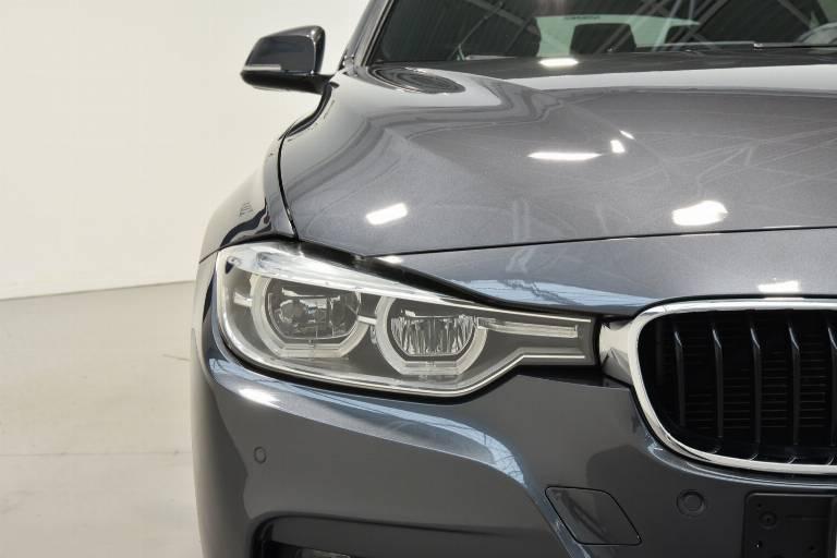 BMW 318 17