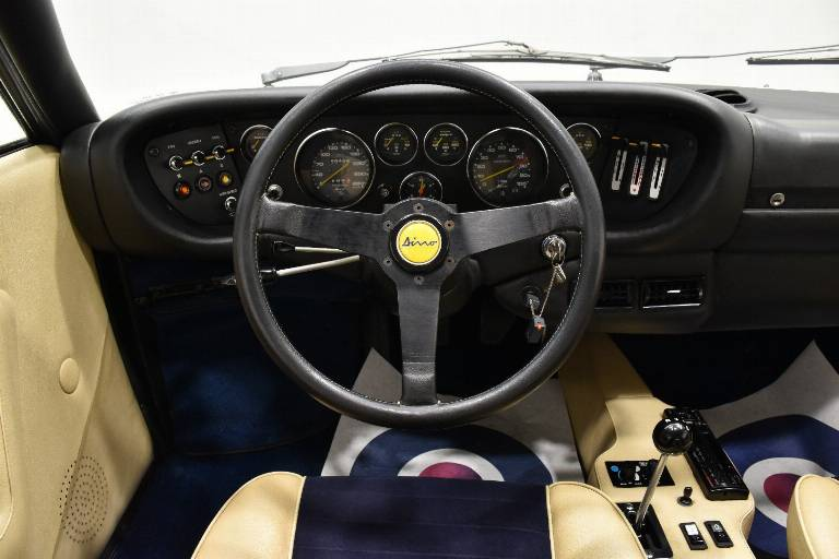 FERRARI Dino GT4 20