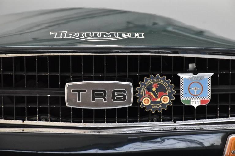 TRIUMPH TR6 56