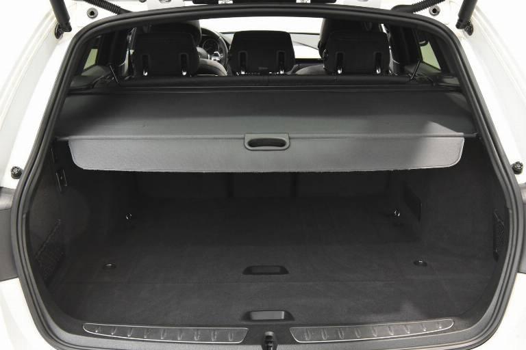 BMW 320 47