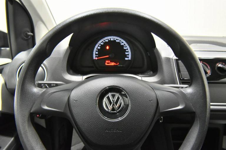 VOLKSWAGEN Up! 24