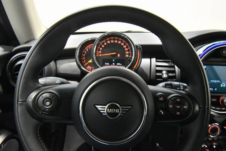 MINI Cooper 24