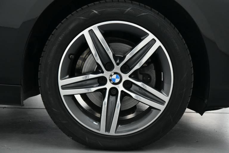 BMW 218 47