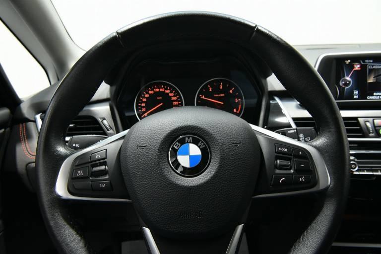 BMW 218 26