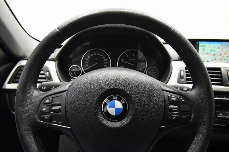 BMW 318 38