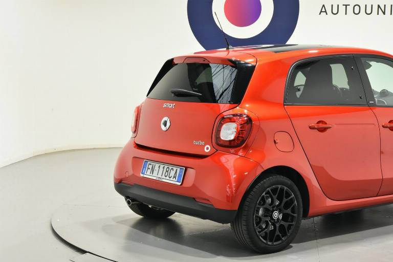 SMART ForFour 15