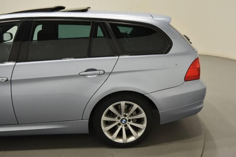 BMW 320 40