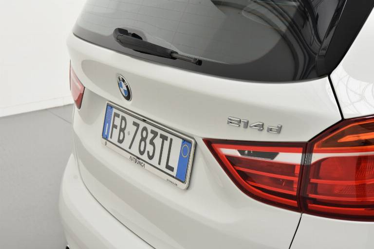 BMW 214 64