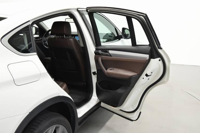 BMW X4 46
