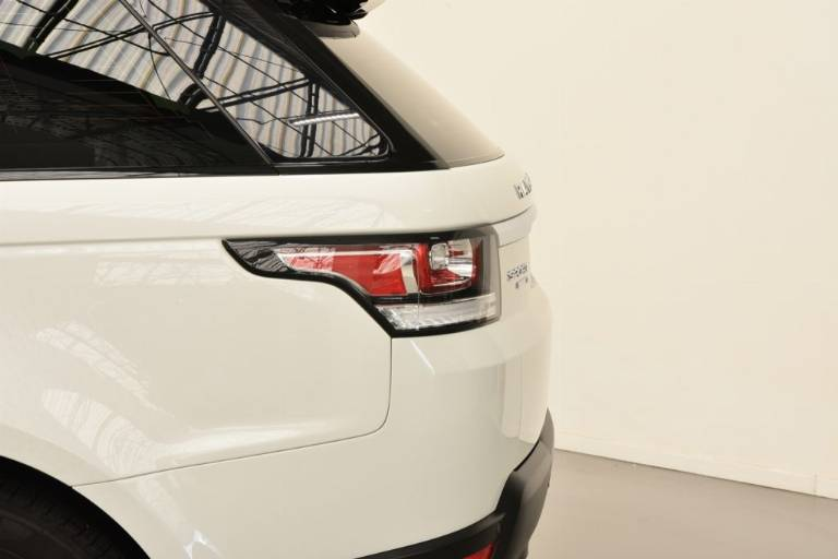 LAND ROVER Range Rover Sport 37