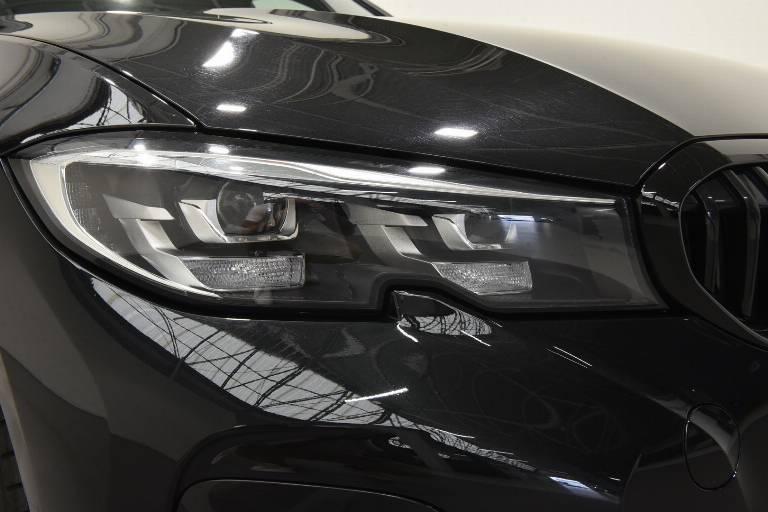 BMW 320 59
