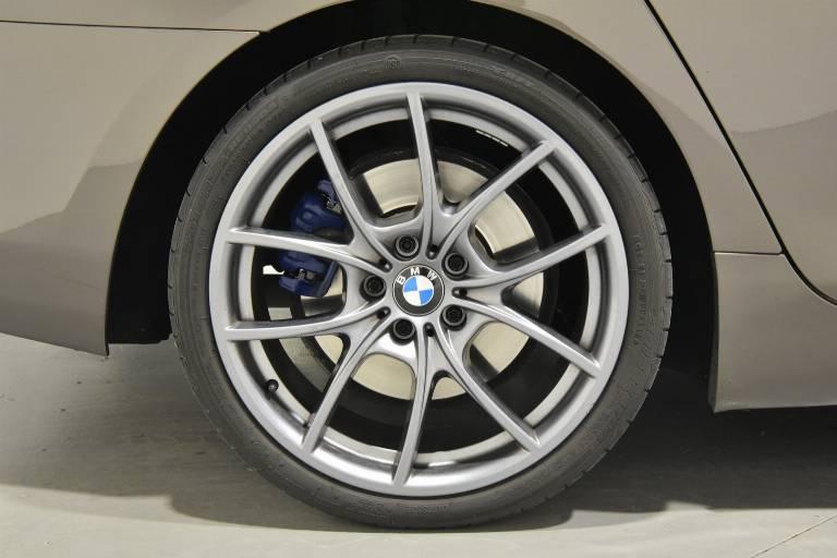 BMW 640 33