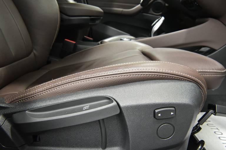 BMW X1 56