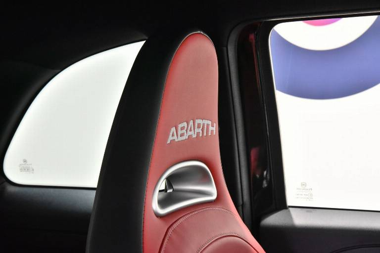 ABARTH 595 47