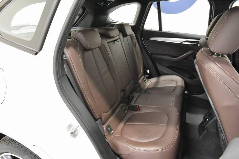 BMW X1 58