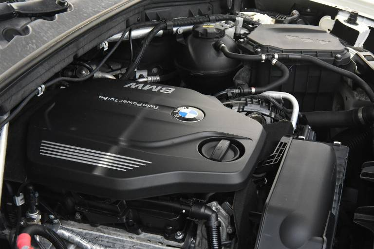 BMW X4 48