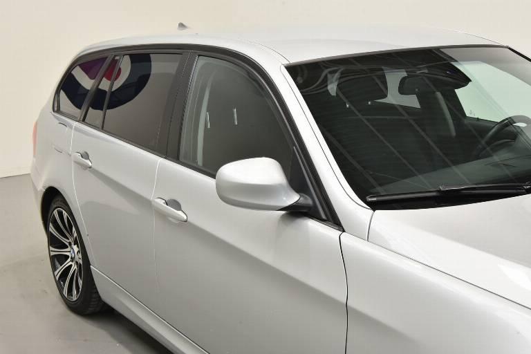 BMW 320 43