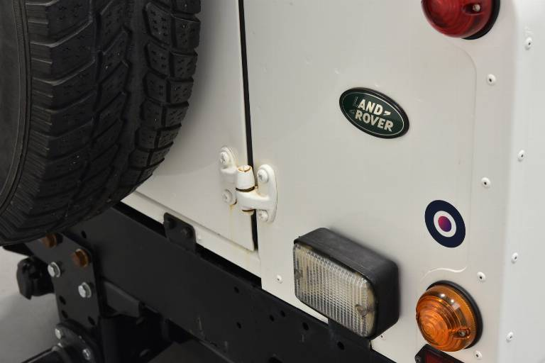 LAND ROVER Defender 54