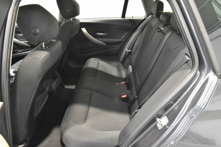 BMW 318 42