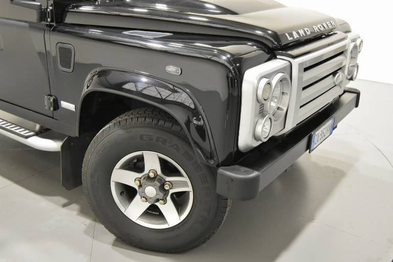 LAND ROVER Defender 78