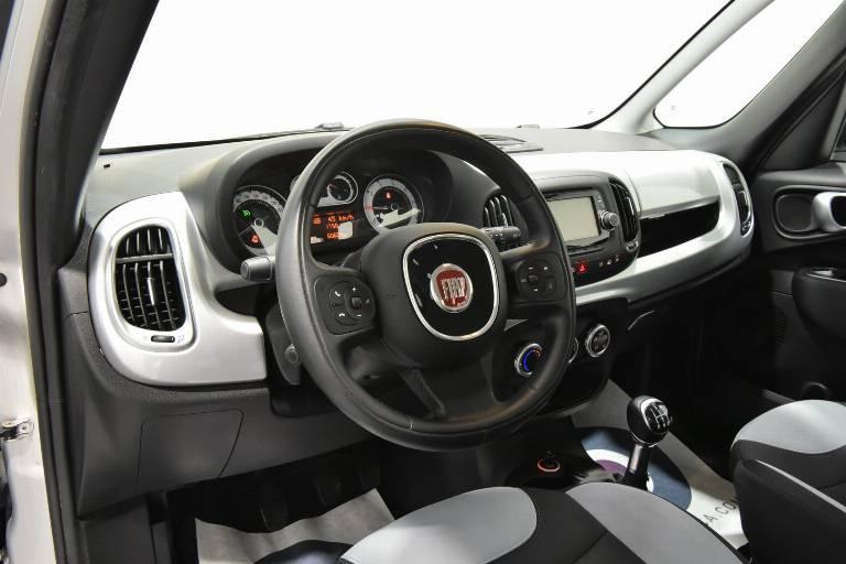 FIAT 500L 3