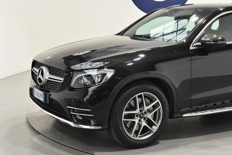 MERCEDES-BENZ GLC 220 31