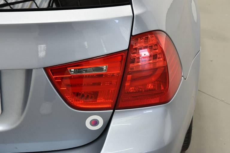 BMW 320 33