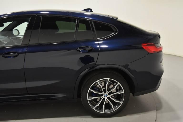 BMW X4 53