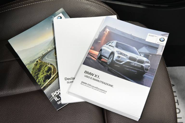 BMW X1 61