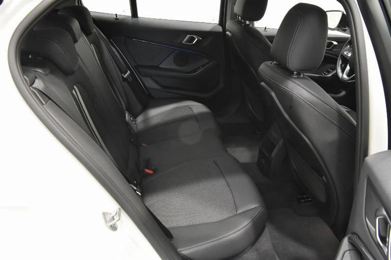 BMW 118 41
