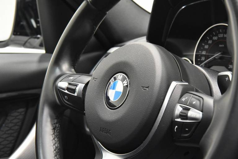 BMW 320 41