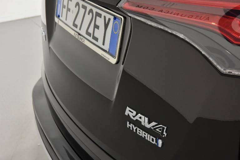TOYOTA RAV 4 54