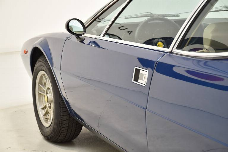 FERRARI Dino GT4 67