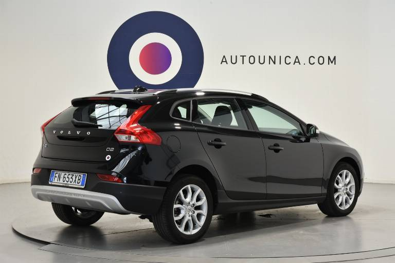 VOLVO V40 Cross Country 30