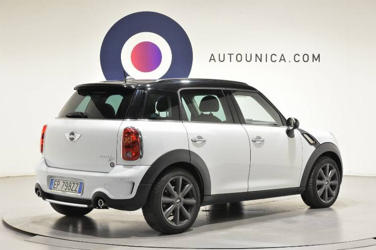 MINI Countryman 28